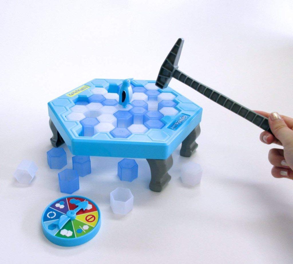 クラッシュアイスゲームで氷が割れるところ