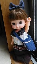 レミんちゃんやメルちゃんのハンドメイド着せ替え服・ツートーンワンピースにバッグにヘア飾り