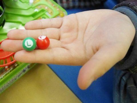 マリオカートのおもちゃのボールのサイズ