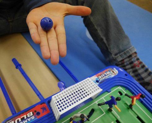 サッカー盤ロックオンストライカーのボール