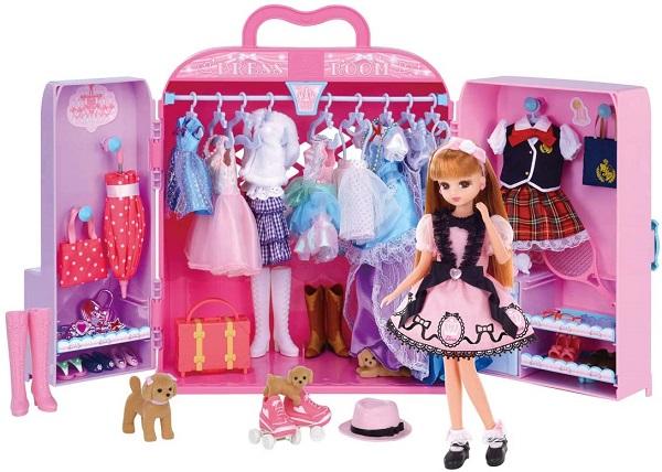 リカちゃんのドレスルーム