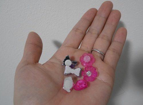 ジュエルアップカレンちゃんの付属品のリボンや花のジュエルストーン