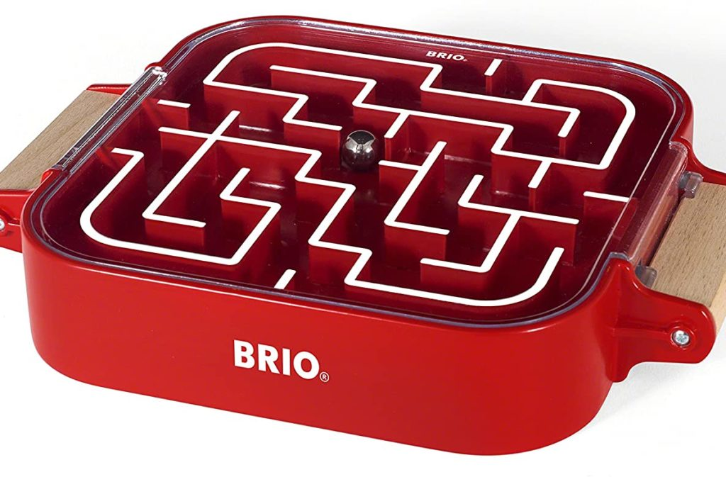 ブリオのポータブル迷路おもちゃ
