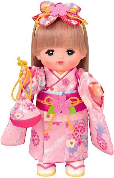 外国人のプレゼントにおすすめのメルちゃん人形の着物姿