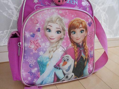 ディズニーのアナと雪の女王がついたリュックサック